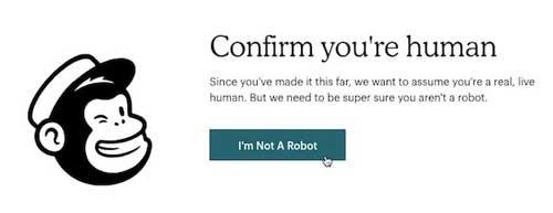 من ربات نیستم
